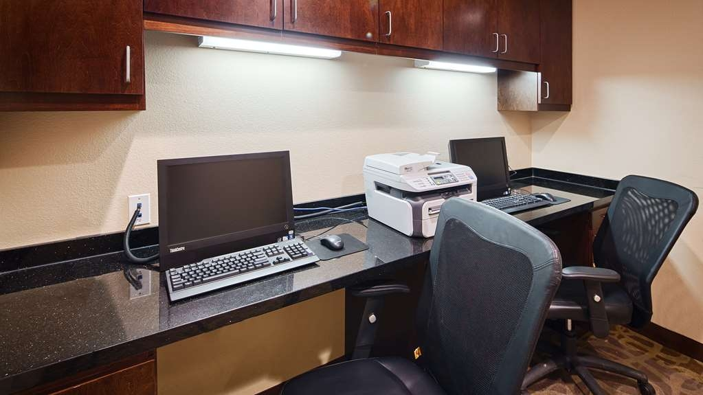Best Western Plus DeSoto Inn & Suites - Get some work done in our convenient business center.
