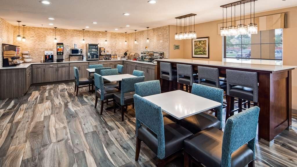 Best Western Lafayette Inn - Breakfast Area