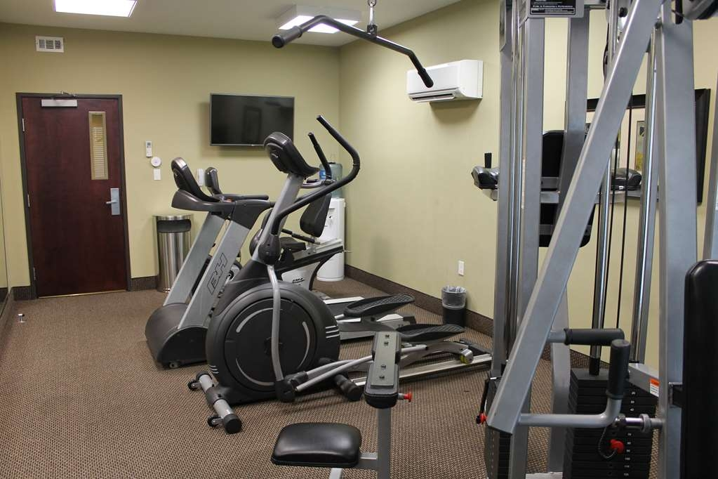 Best Western Plus Chalmette Hotel - Stay active in our fitness center open daily from 5:00 a.m. to 11:00 p.m.