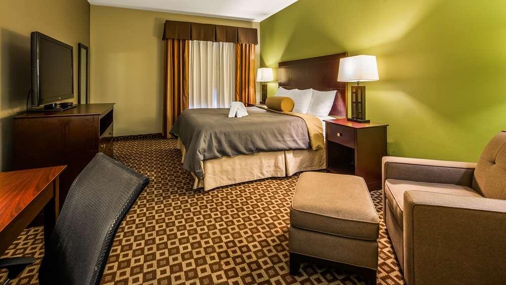 Best Western Plus Chalmette Hotel - Guest room