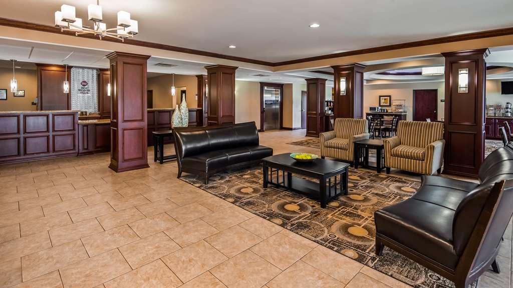 Best Western Plus Chalmette Hotel - Lobby view