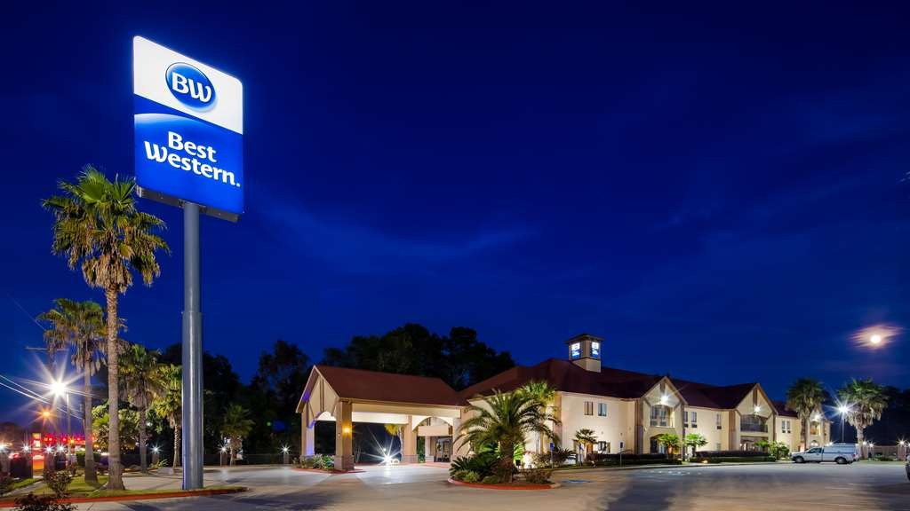 Best Western Bayou Inn & Suites - Außenansicht