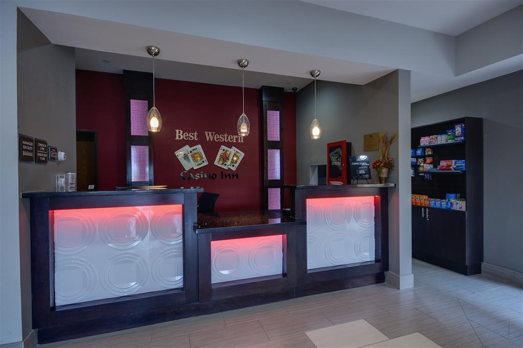 Best Western Casino Inn - Front Desk