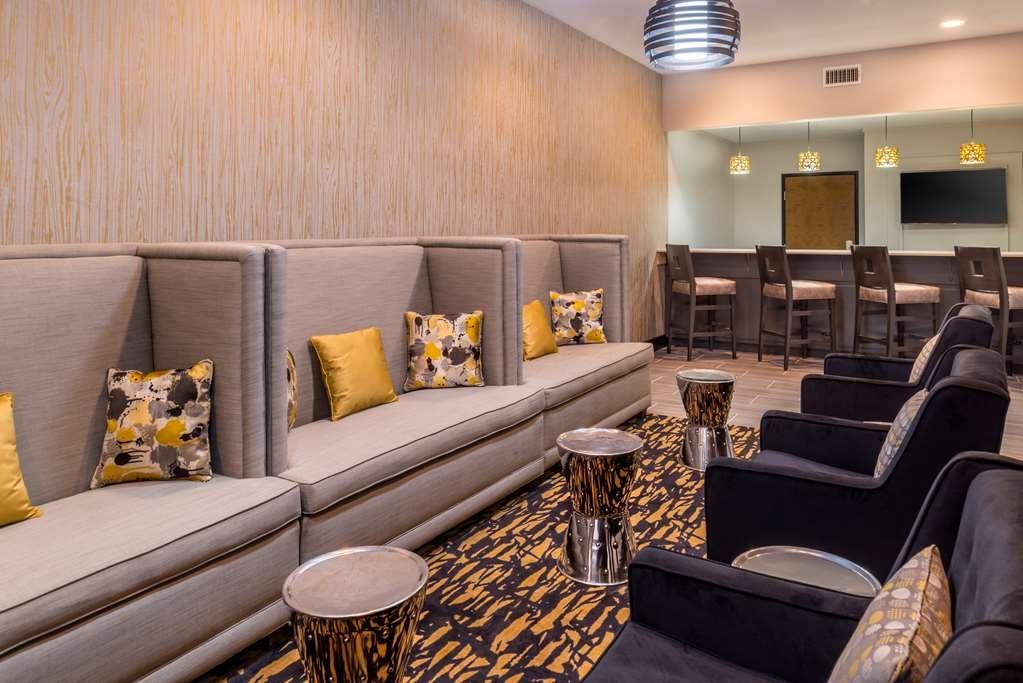 Best Western Plus Regency Park Hotel - Lobbyansicht