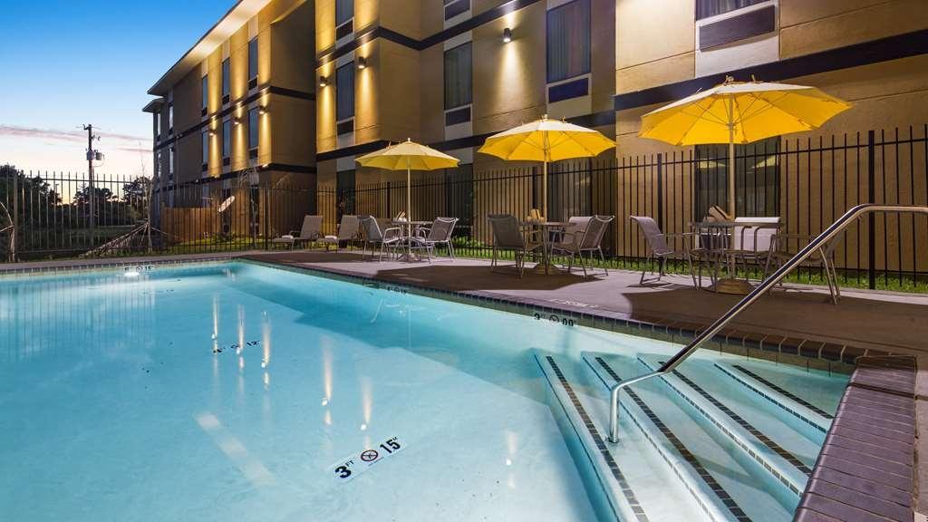 Best Western Plus Regency Park Hotel - Piscina
