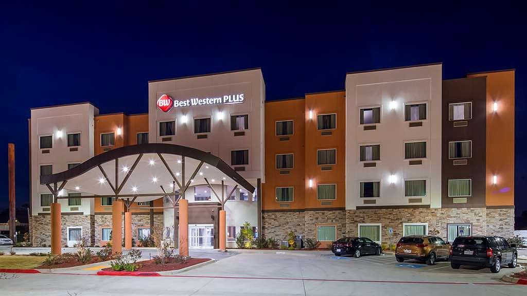 Best Western Plus Airport Inn & Suites - Area esterna