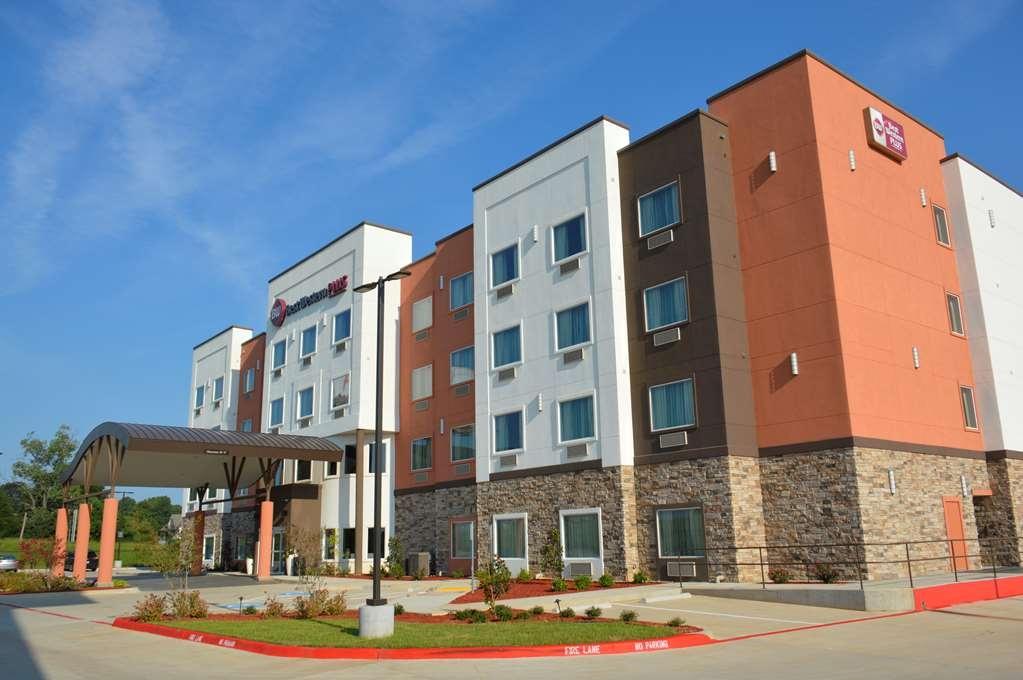 Best Western Plus Airport Inn & Suites - Facciata dell'albergo