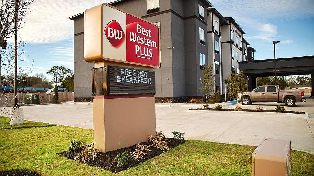 Best Western Plus Prien Lake Inn & Suites - Area esterna