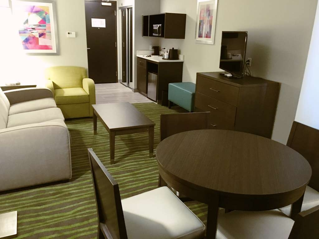 Best Western Plus Prien Lake Inn & Suites - Suite