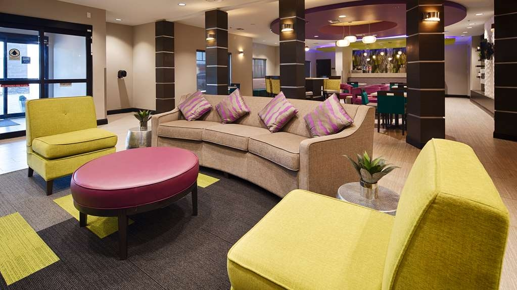 Best Western Plus Prien Lake Inn & Suites - Lobbyansicht
