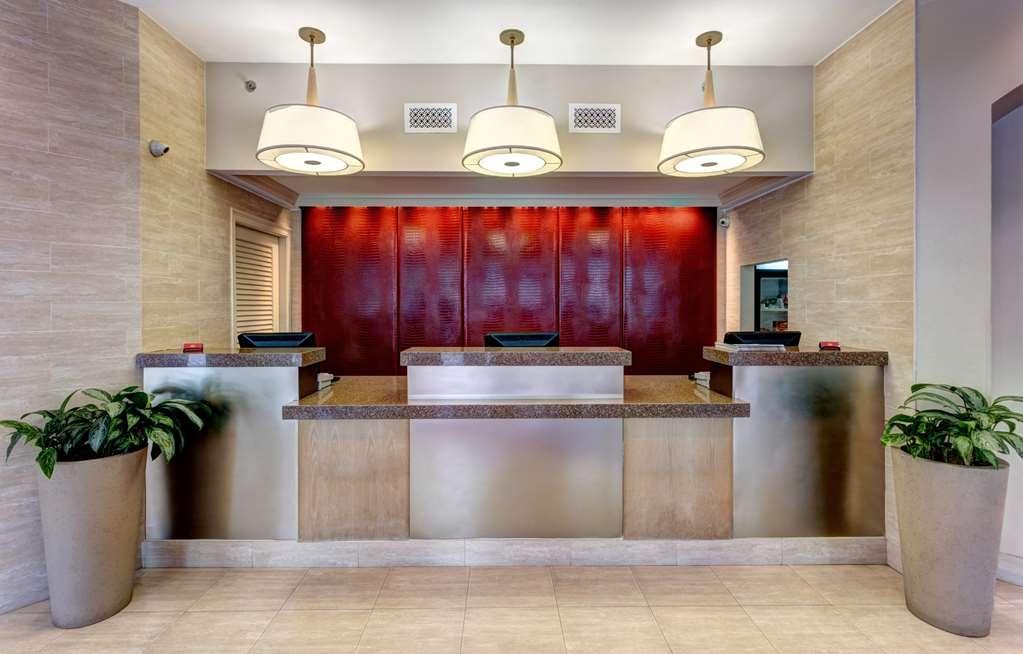 Blake Hotel New Orleans, BW Premier Collection - Front Desk
