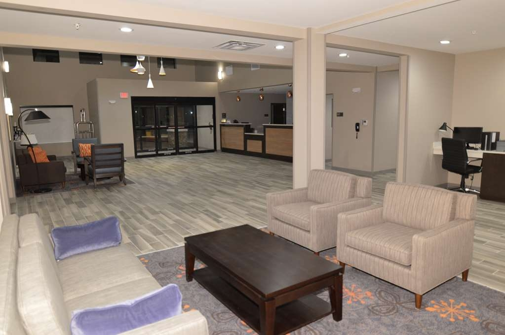 Best Western False River Hotel - Front Desk and Lobby