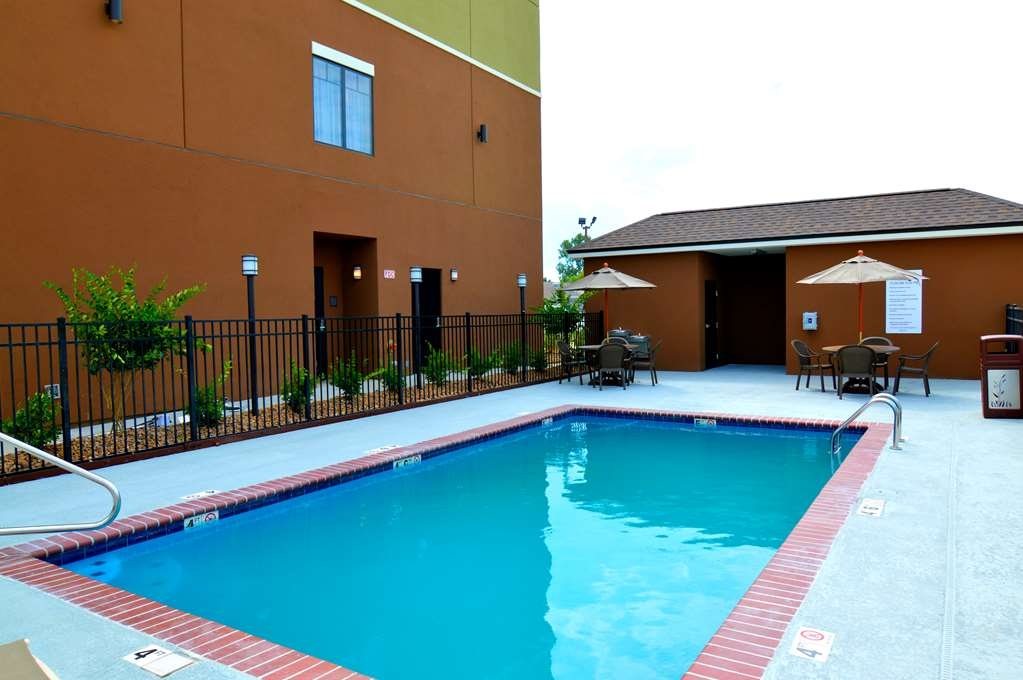 Best Western False River Hotel - Piscina
