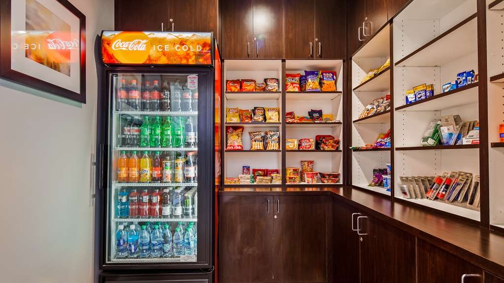 Best Western Plus Executive Residency Ascension Hotel - Enjoy a night in with a drink and snack from our Sundry Shop.