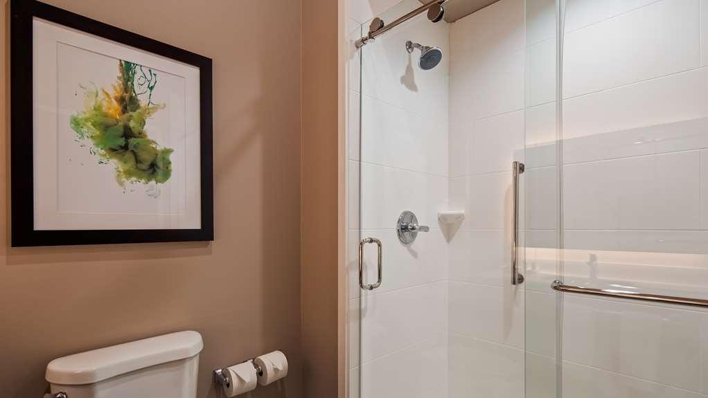 Best Western Plus Executive Residency Ascension Hotel - Guest Bathroom Walk in Shower