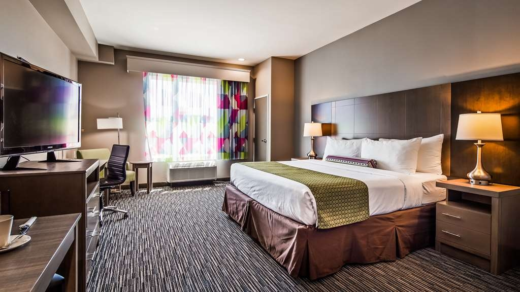 Best Western Plus Executive Residency Ascension Hotel - One King Guest Room