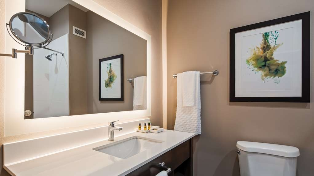 Best Western Plus Executive Residency Ascension Hotel - All guest bathrooms have a large vanity with plenty of room to unpack the necessities.