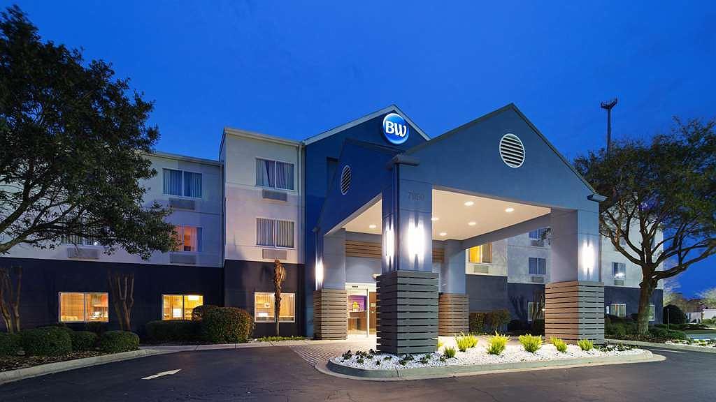 Best Western LSU/Medical Corridor Inn & Suites - Aussenansicht