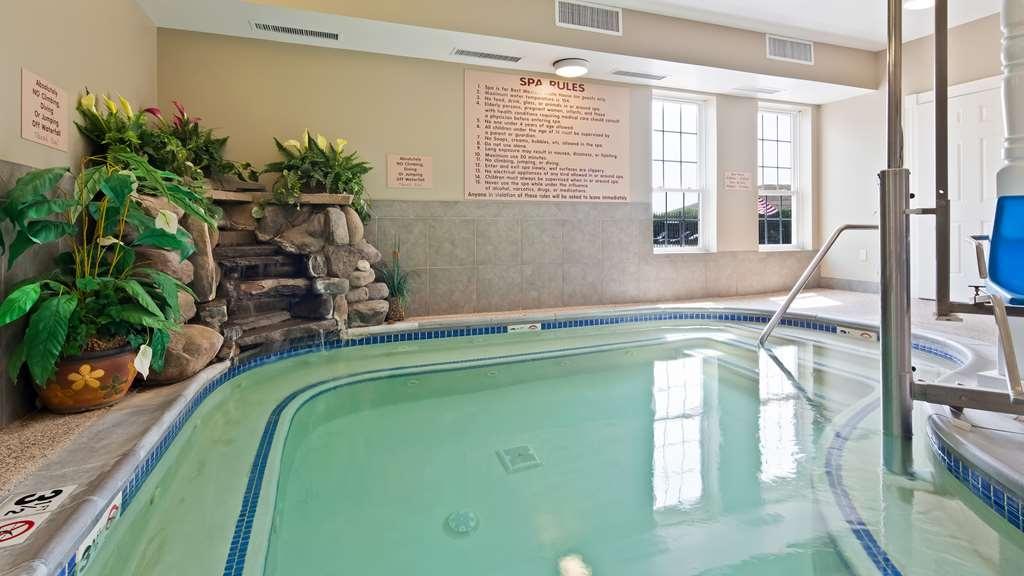 Best Western White House Inn - Vista de la piscina