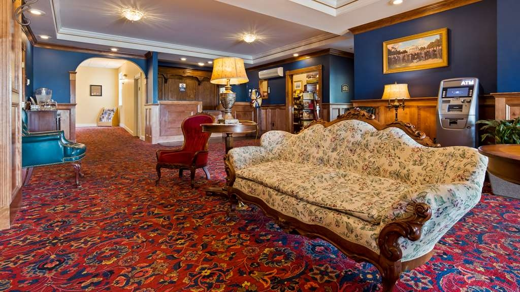 Best Western White House Inn - Vista del vestíbulo