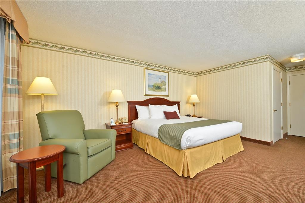 Best Western Freeport Inn - Mobility Accessible King Guest Room