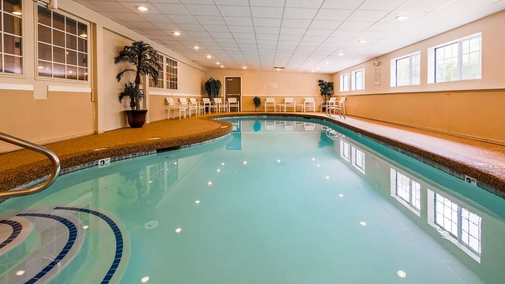 Best Western York Inn - Indoor Heated Pool