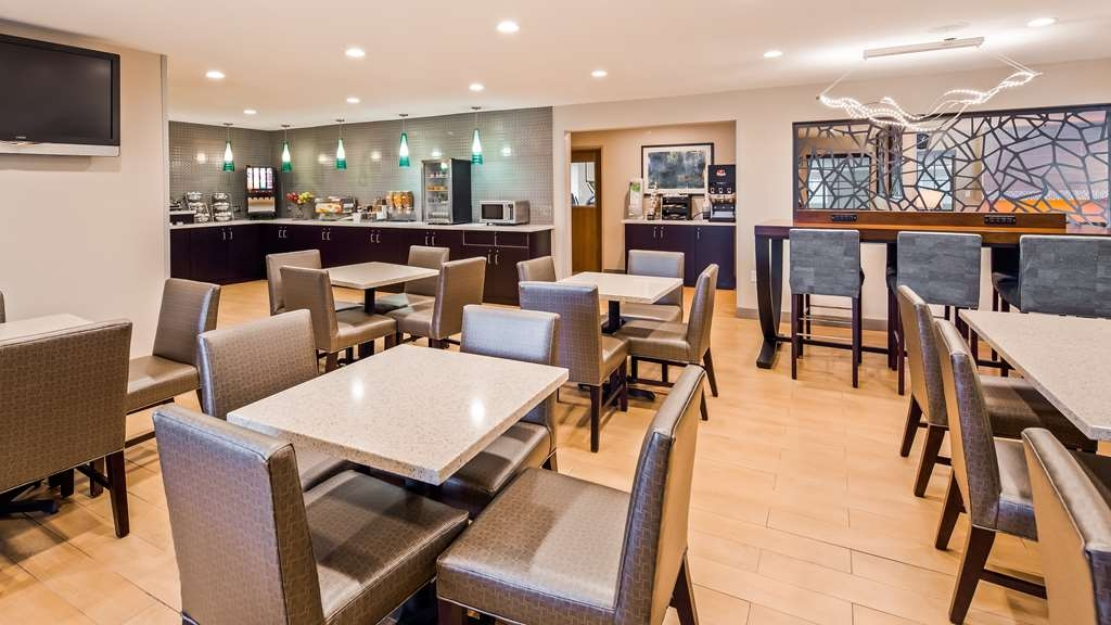 Best Western York Inn - Breakfast Area