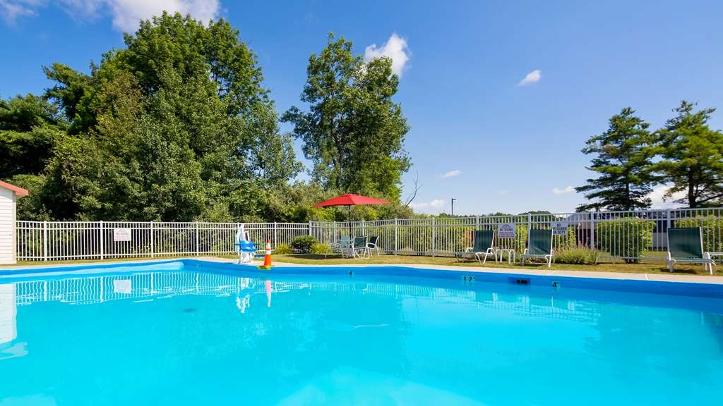 Best Western Plus Augusta Civic Center Inn - Piscina
