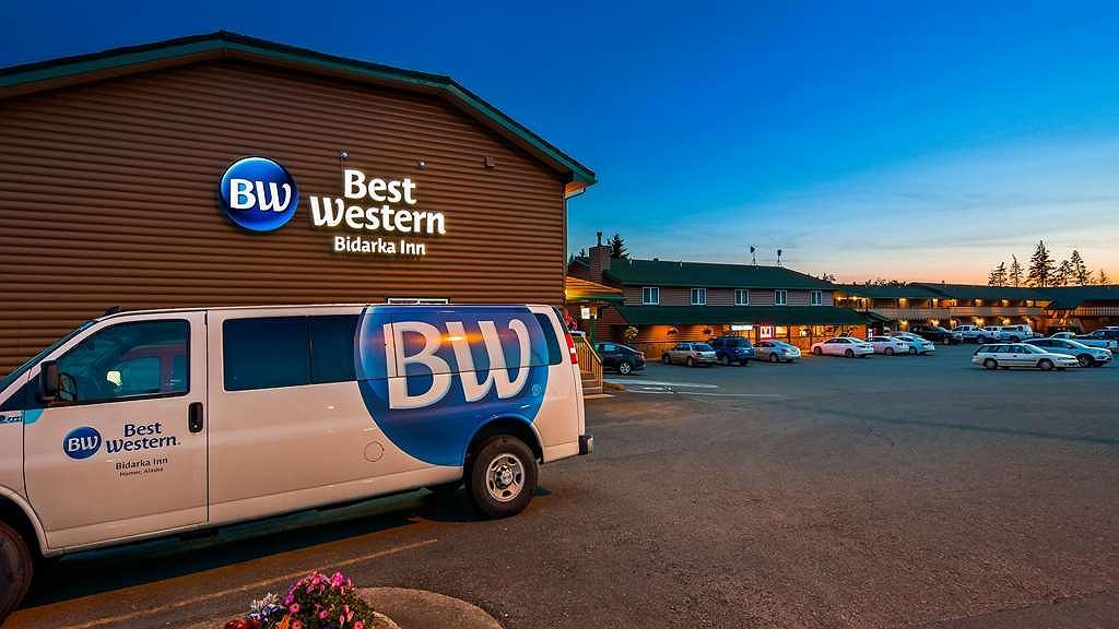 Best Western Bidarka Inn - Aussenansicht