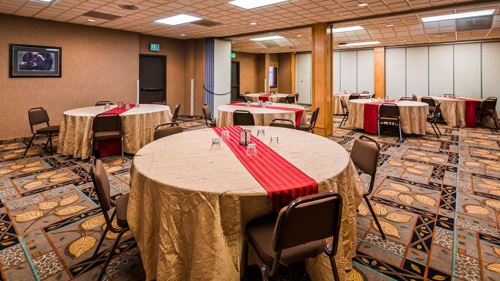 Best Western Bidarka Inn - Ballroom