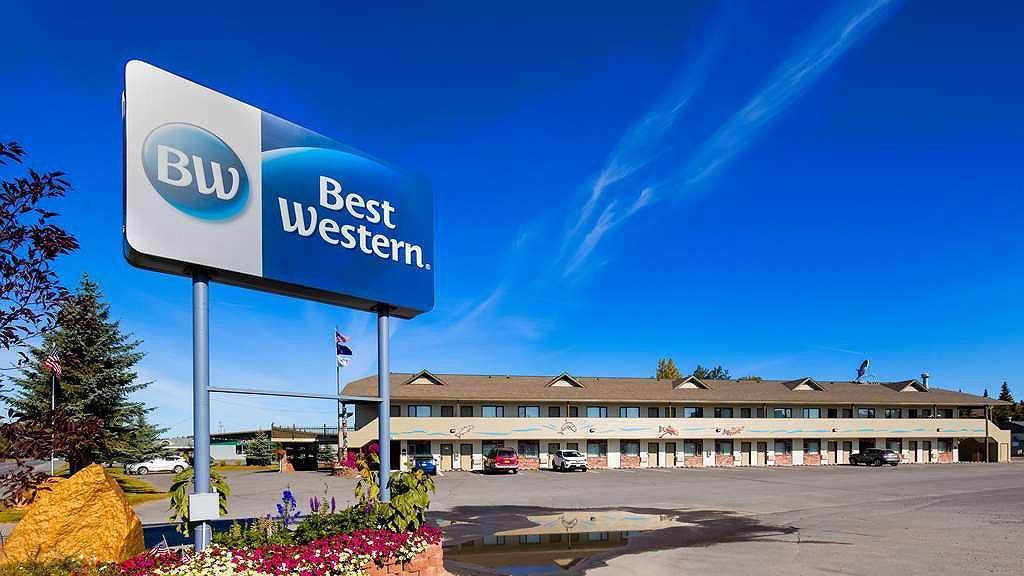 Best Western King Salmon Motel - Aussenansicht