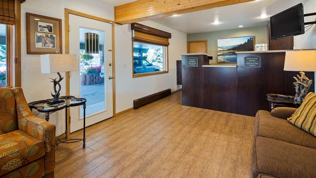 Best Western King Salmon Motel - Hall