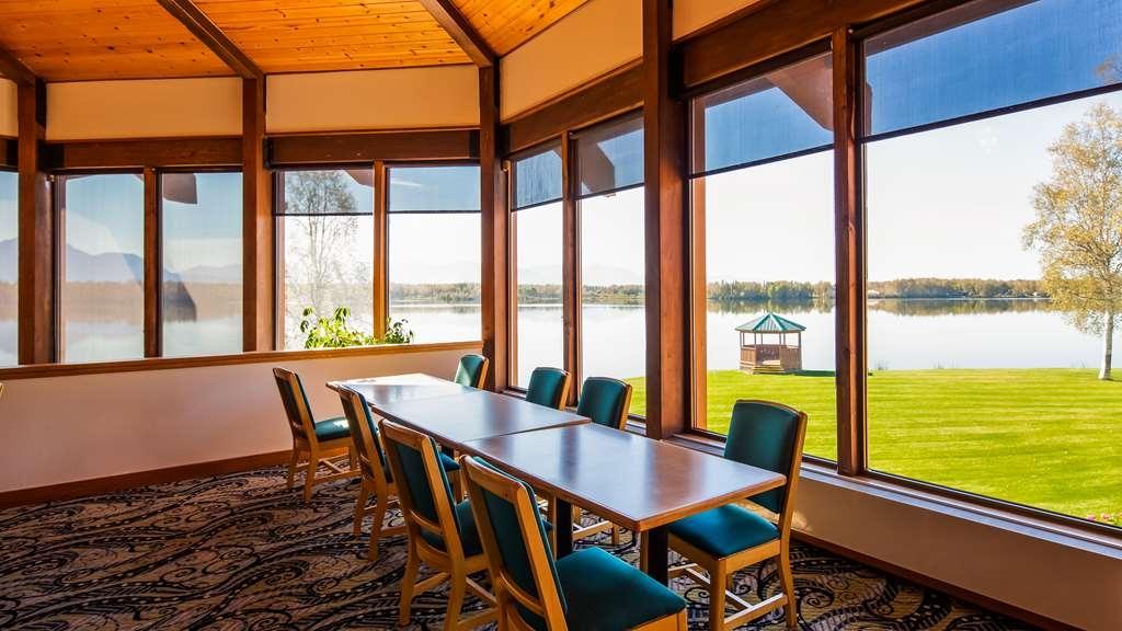Best Western Lake Lucille Inn - Breakfast Area
