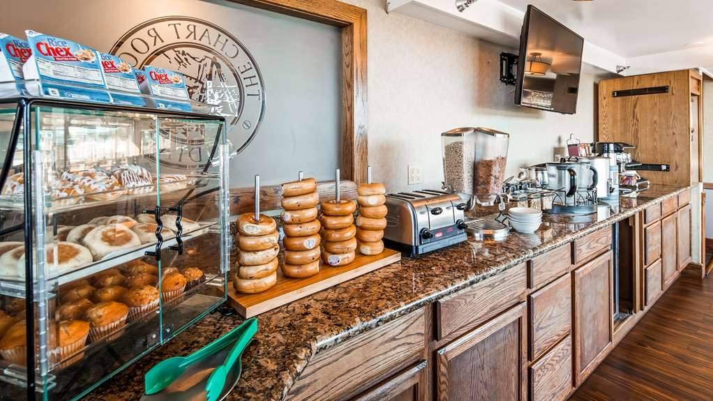 Best Western Kodiak Inn and Convention Center - Breakfast Area