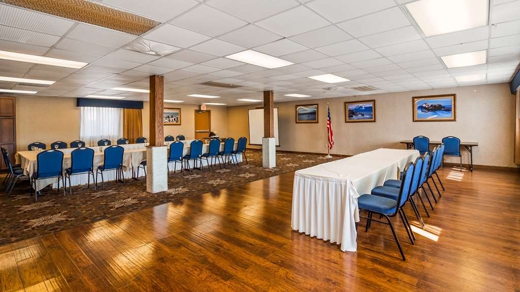 Best Western Kodiak Inn and Convention Center - Ballroom