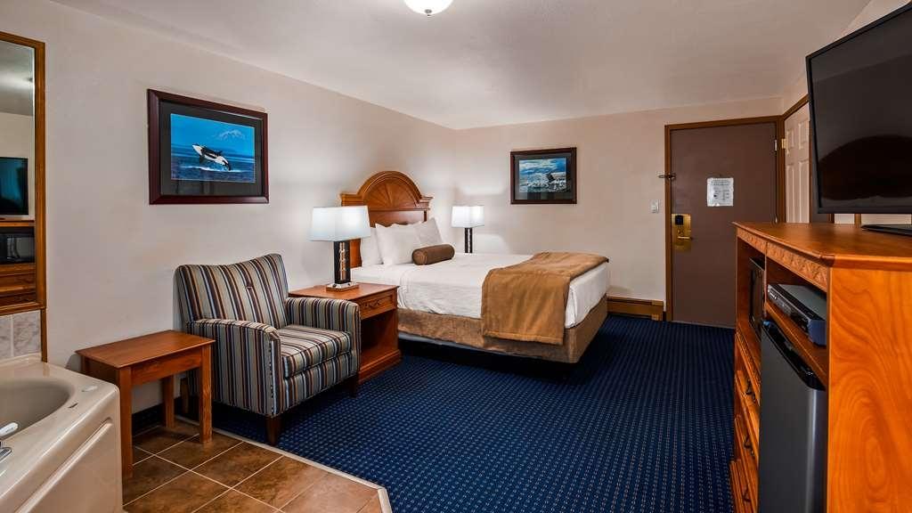 Best Western Valdez Harbor Inn - King with Hot Tub
