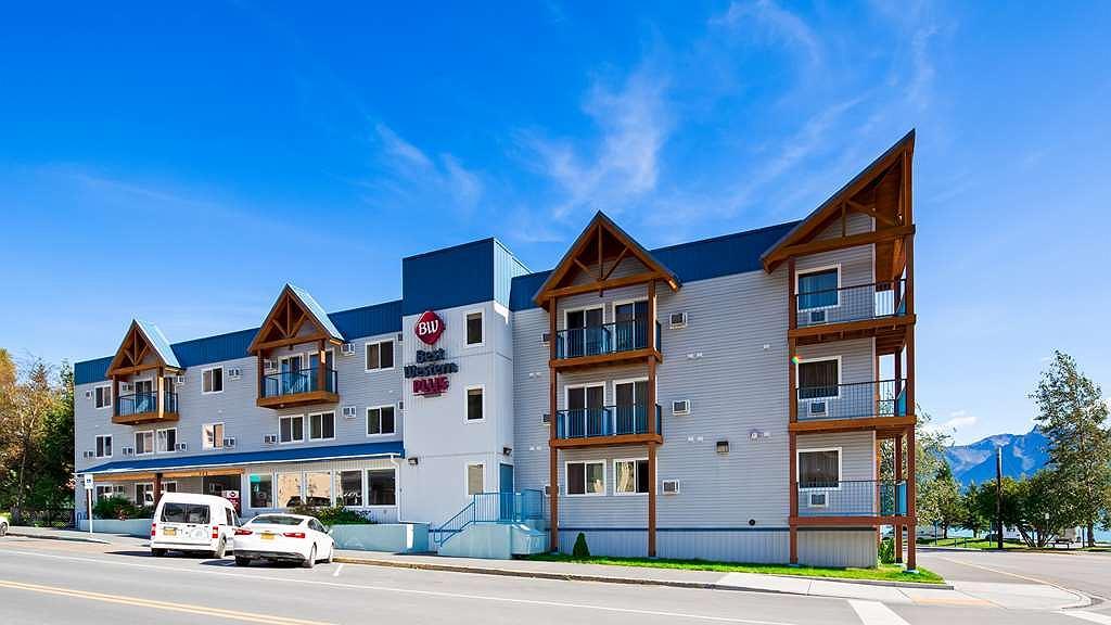 Best Western Plus Edgewater Hotel - Vista exterior