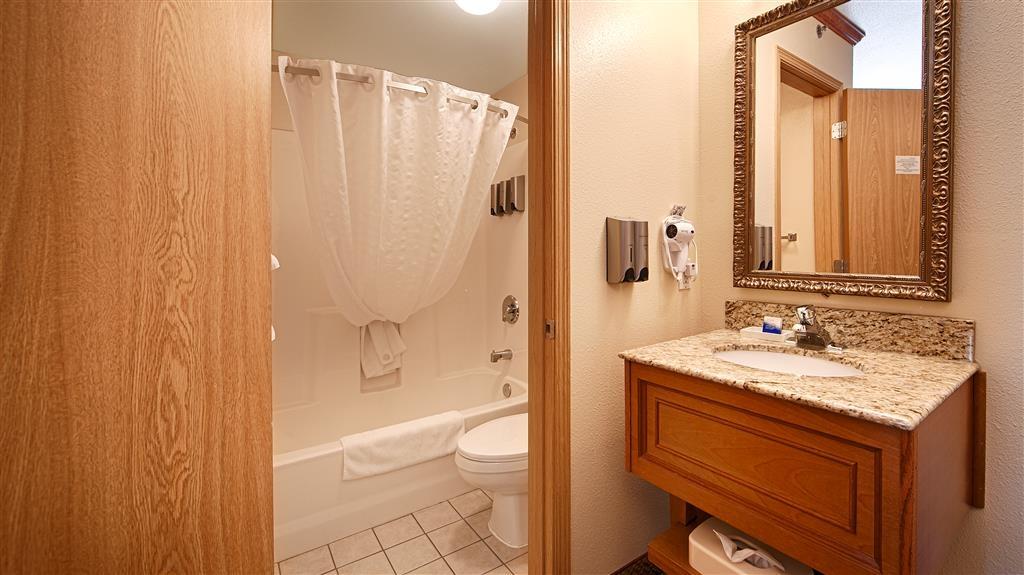 Best Western Plus Edgewater Hotel - Bath