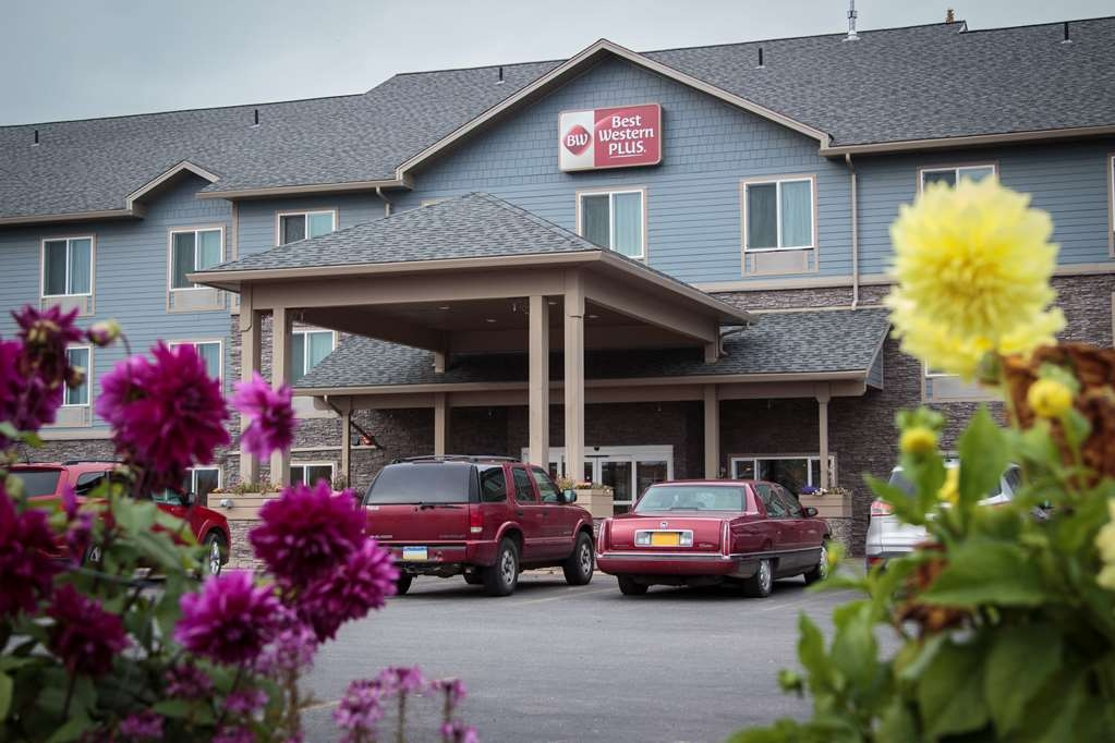 Best Western Plus Chena River Lodge - We look forward to seeing you!