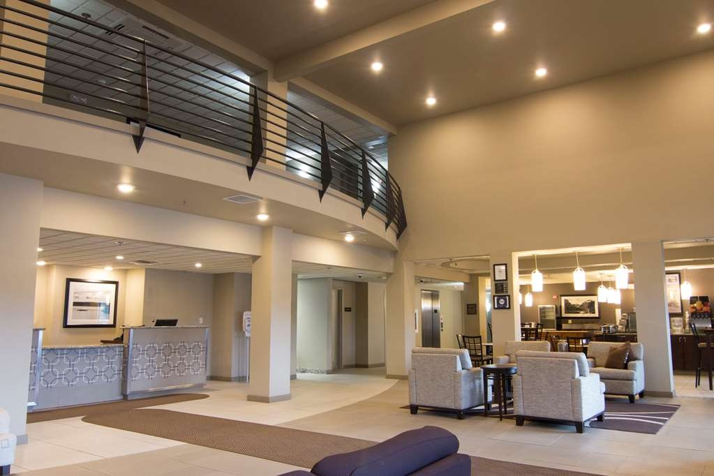 Best Western Plus Chena River Lodge - Lobby view