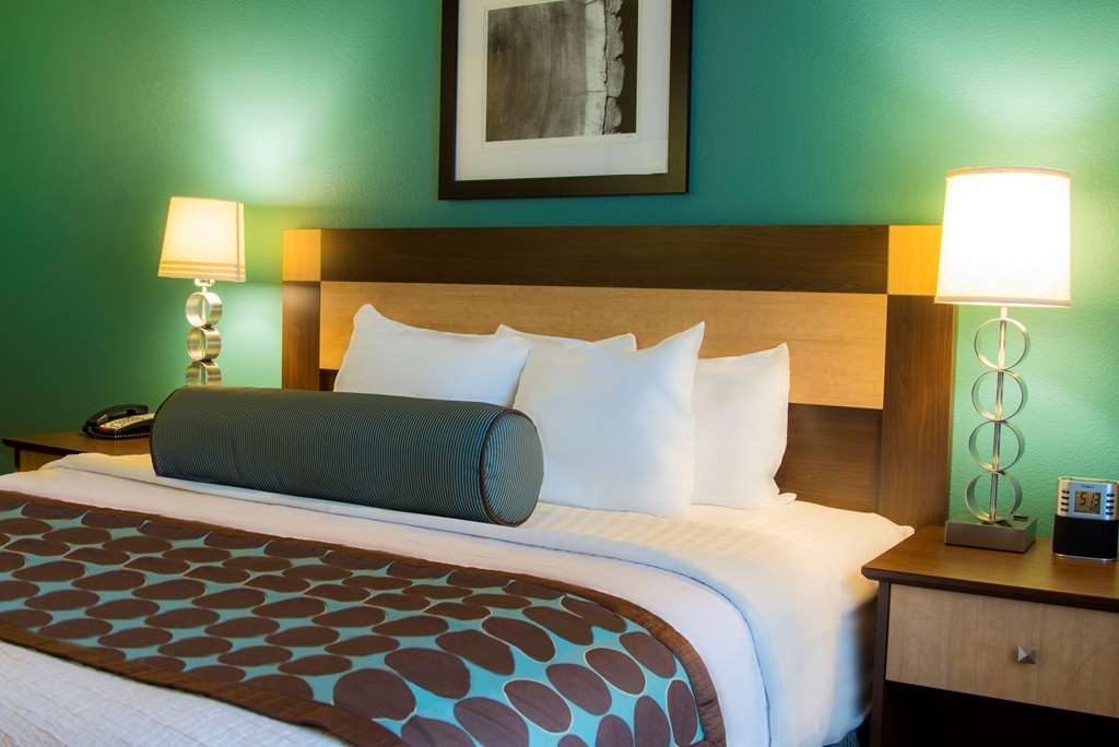 Best Western Plus Chena River Lodge - All of our King rooms have brand new mattresses