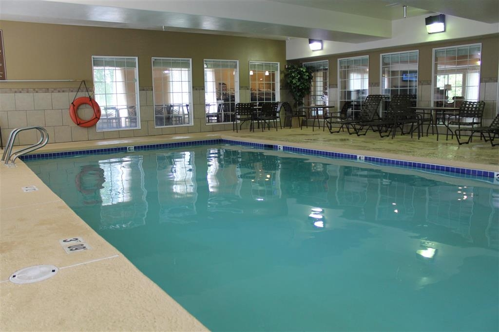 Best Western Plus Pioneer Park Inn - Piscina