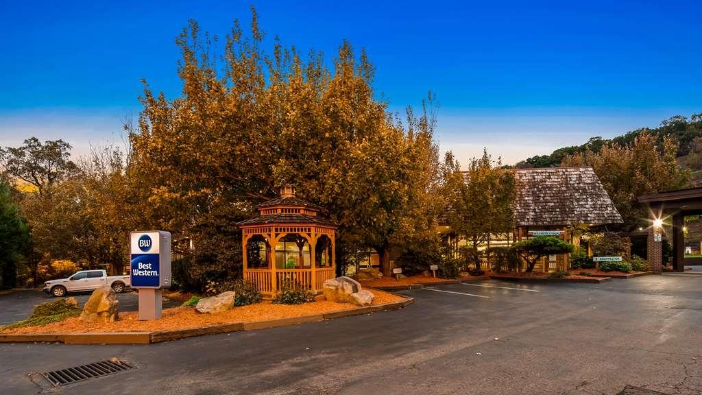 Best Western Braddock Inn - Außenansicht