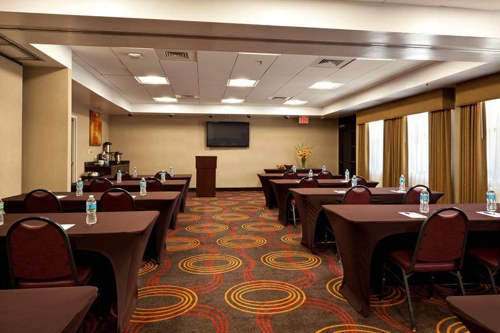 Best Western Plus BWI Airport Hotel - Arundel Mills - Baltimore & Washington Room 1,200 Square Feet