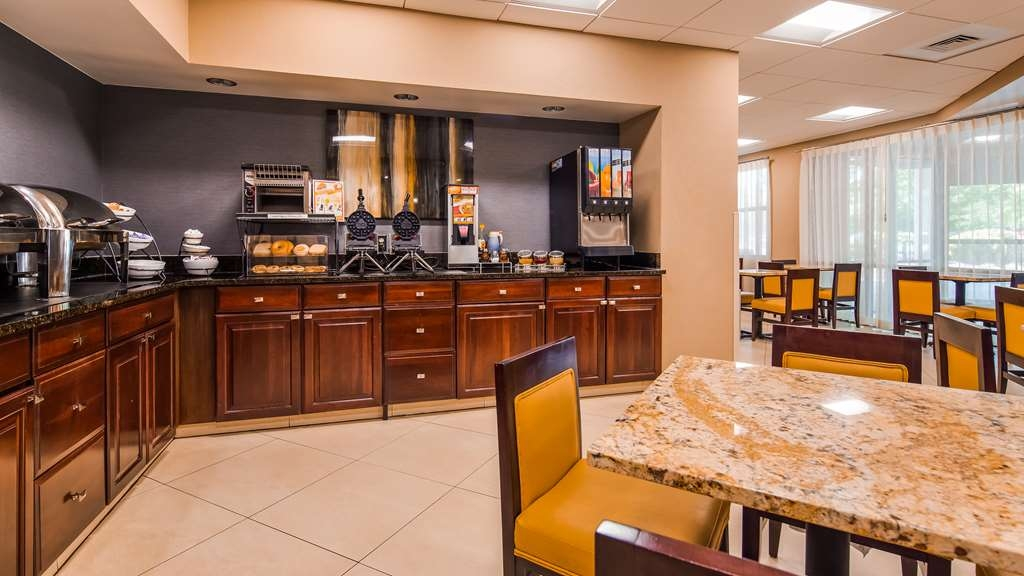 Best Western Plus BWI Airport Hotel - Arundel Mills - Breakfast Area