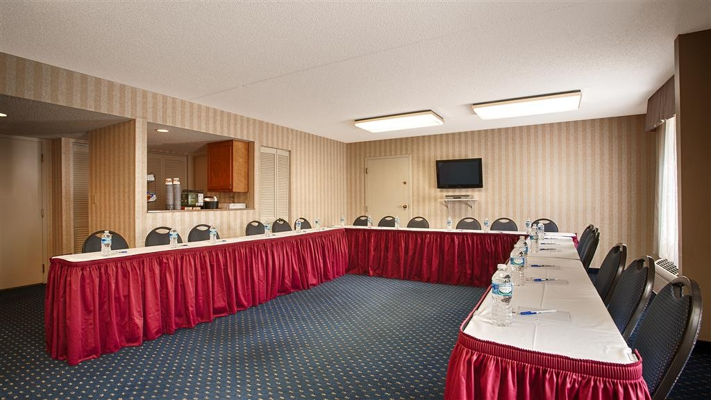 Best Western La Plata Inn - Give us a call to book our meeting room.