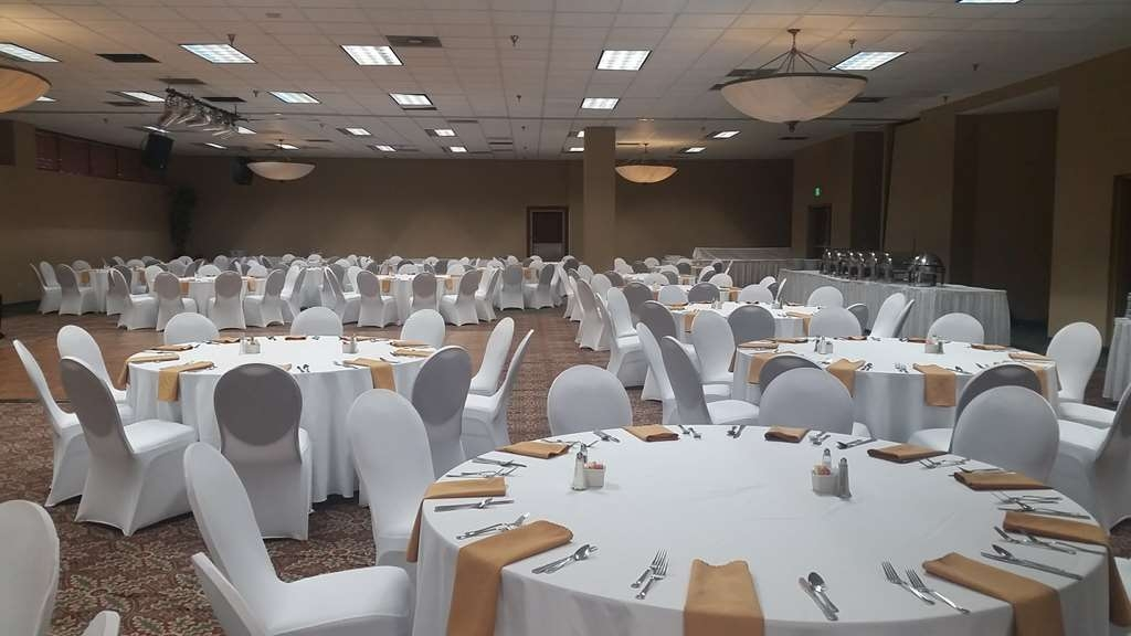 Best Western Plus Hotel & Conference Center - Ballroom