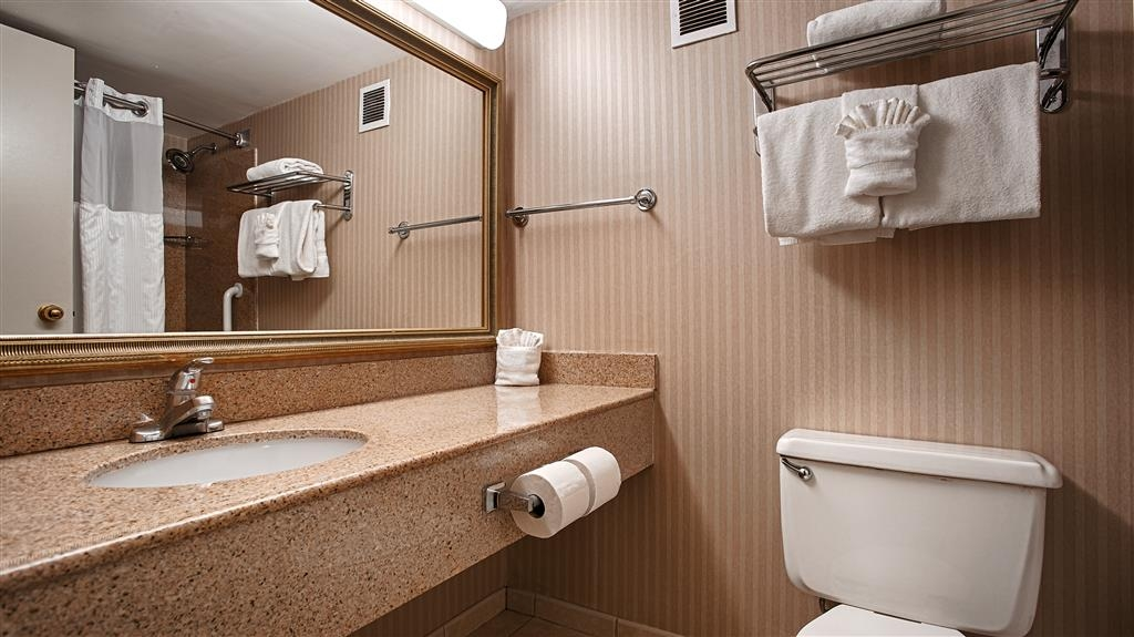 Best Western Plus Rockville Hotel & Suites - Cuarto de baño