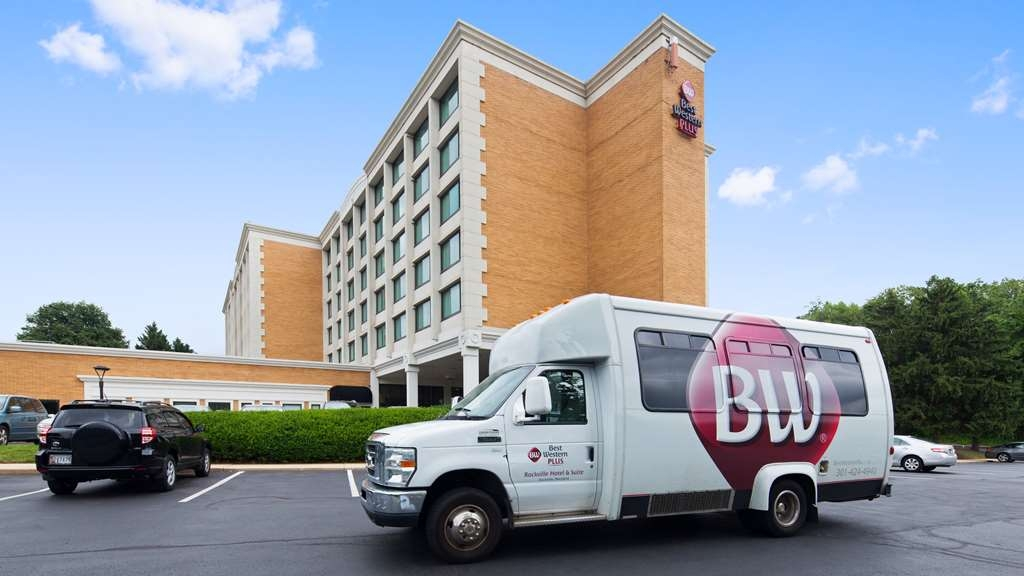 Best Western Plus Rockville Hotel & Suites - Getting to downtown Washington, DC on the Metro, made easy! Take our free shuttle to the Rockville Metro Stop, just two miles away.