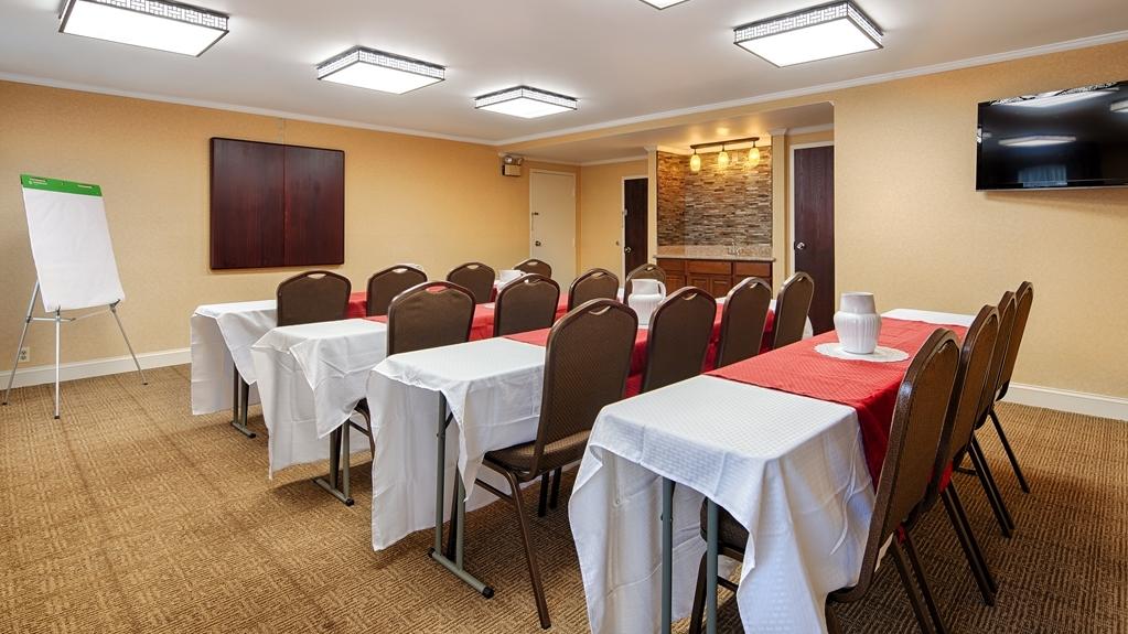Best Western Salisbury Plaza - Sala de reuniones